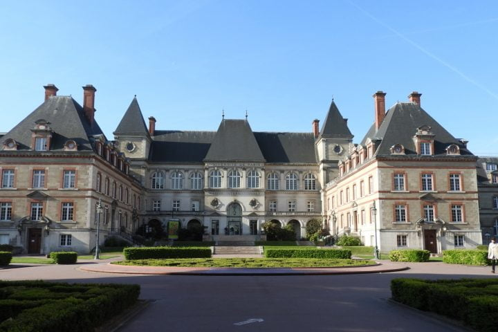 maison paris cité universitaire