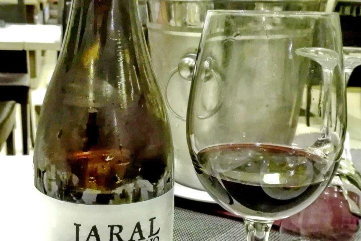 vino purulio realizado de forma artesanal para balneario lanjarón