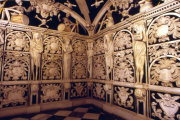 visita al panteón de los condes de Buenavista en Málaga visita con Balea