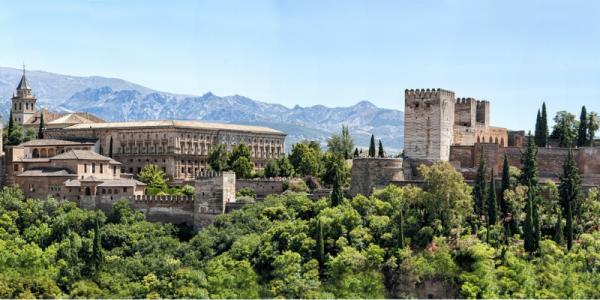 Imagen de Granada y la Alhambra desde San Miguel